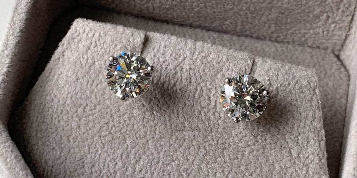Gen-Z-Millennials-and-Diamonds (1)