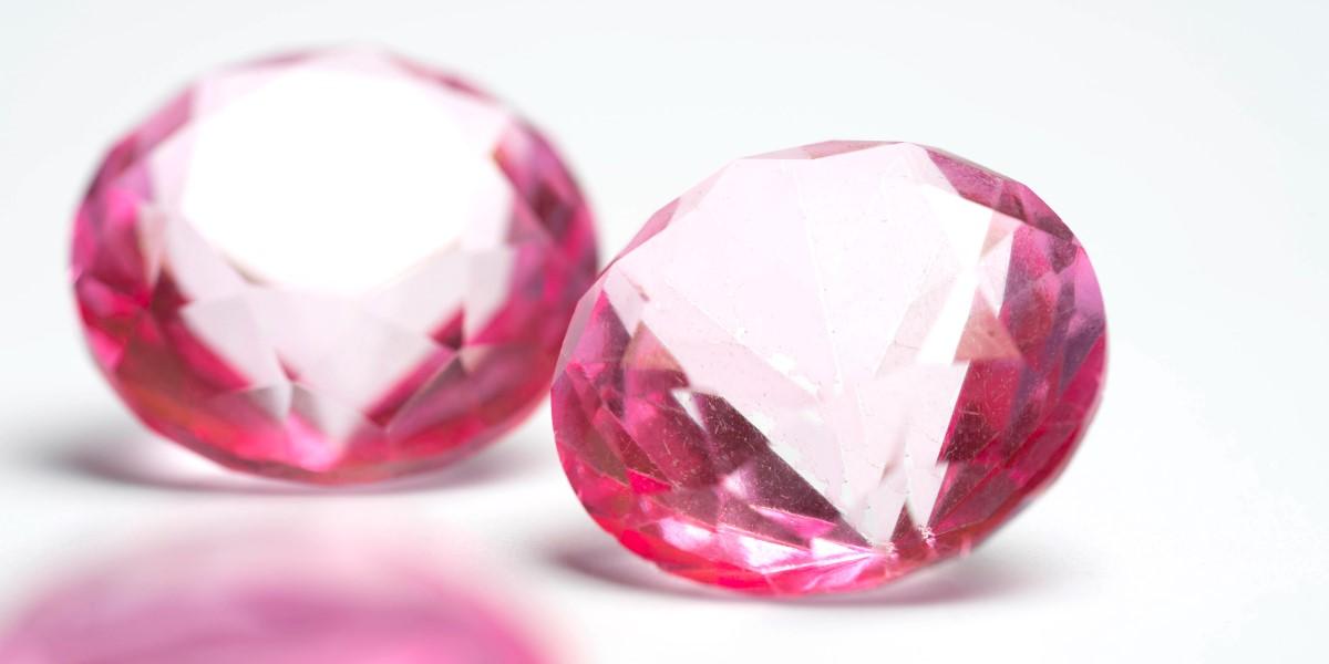 fancy-color-diamonds-rarest-diamond-color