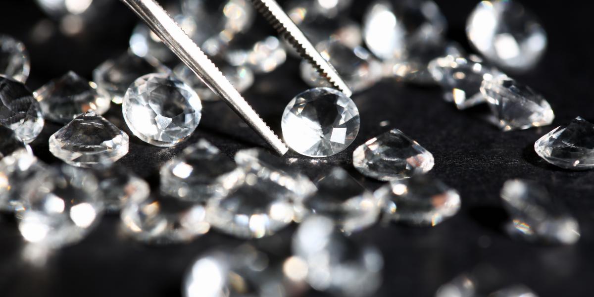 Handling Diamond Melee Parcels   Buy Melee Diamonds   K. Rosengart