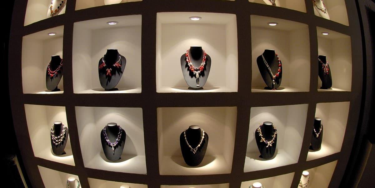 Niche Jewelry Market   Marketing Strategies for Jewelry Business   K. Rosengart