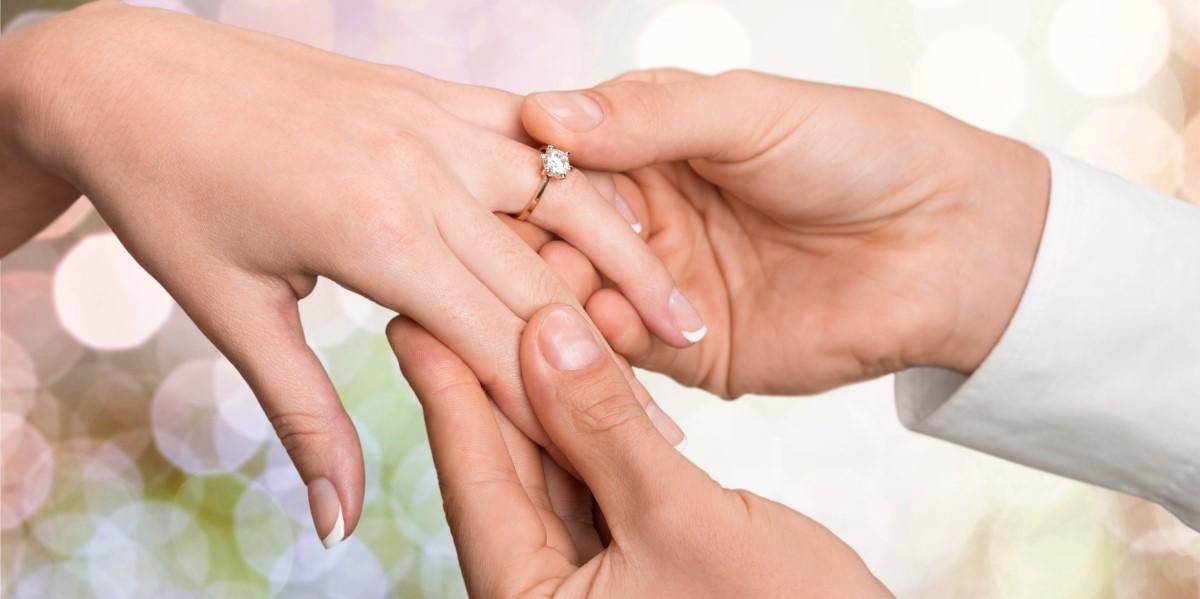 How to Shop Engagement Rings | Oval Engagement Rings | K. Rosengart