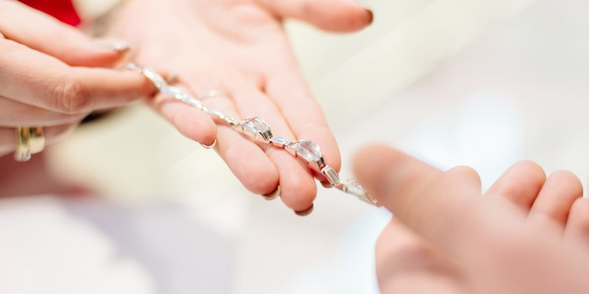 Selling Jewelry | How to Be a Good Jewelry Salesperson | K. Rosengart